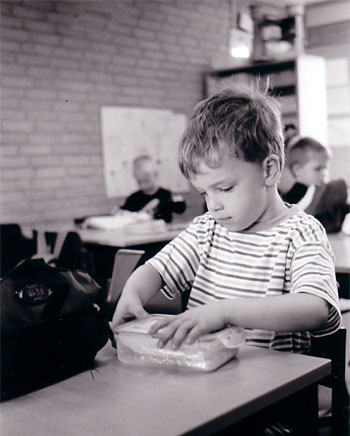 Oliver's first schoolday [Leica Minilux]