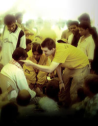 Robbie Scandrett Scientology Volunteer Ministers After The Tsunami Mysore India