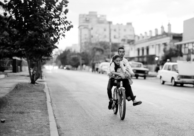 Taking the girlfriend for an evening ride in Havana, Cuba. Leica M10 with Leica 50mm Noctilux-M ASPH f/0.95. Copyright 2017-2018 Thorsten von Overgaard.