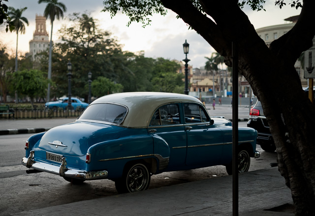 The square in front of Hotel Saratoga in Havana, Cuba. Leica M10 with Leica 50mm APO-Summicron-M ASPH f/2.0. Copyright 2017-2018 Thorsten von Overgaard.