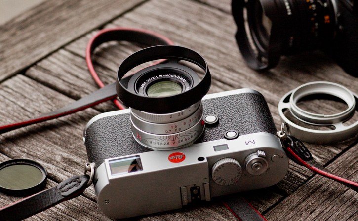 The 2016-model VI of the Leica 35mm Summicron-M ASPH f/2.0.