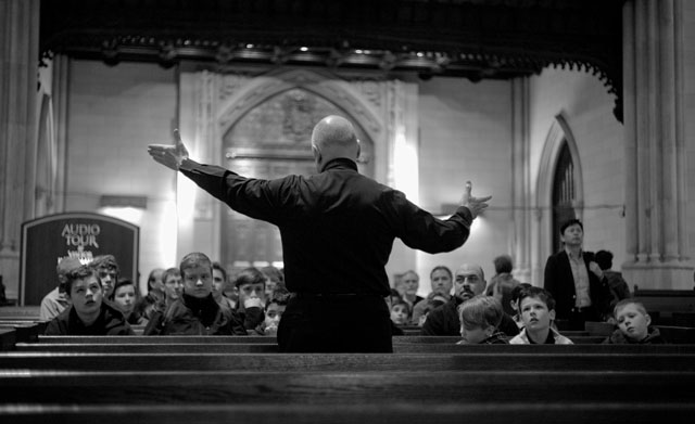 Msgr. Robert Ritchie lecturing guest inside the Saint Patricks Cathedral on 5th Avenue in New York. Leica M 240 with Leica 50mm Summicron-M f/2.0 (II). © 2015-2016 Thorsten Overgaard.