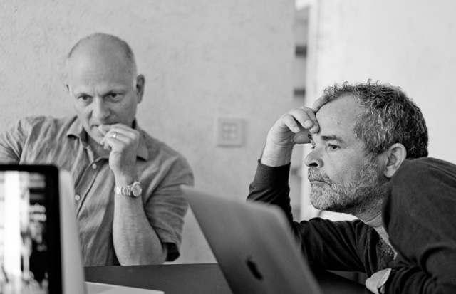 Mark Simenacz and Corné van Iperen making some crucial decisions in the Overgaard Workshop in Rome. Leica TL with Leica 50mm Noctilux-M ASPH f/0.95 FLE. © 2017 Thorsten Overgaard.