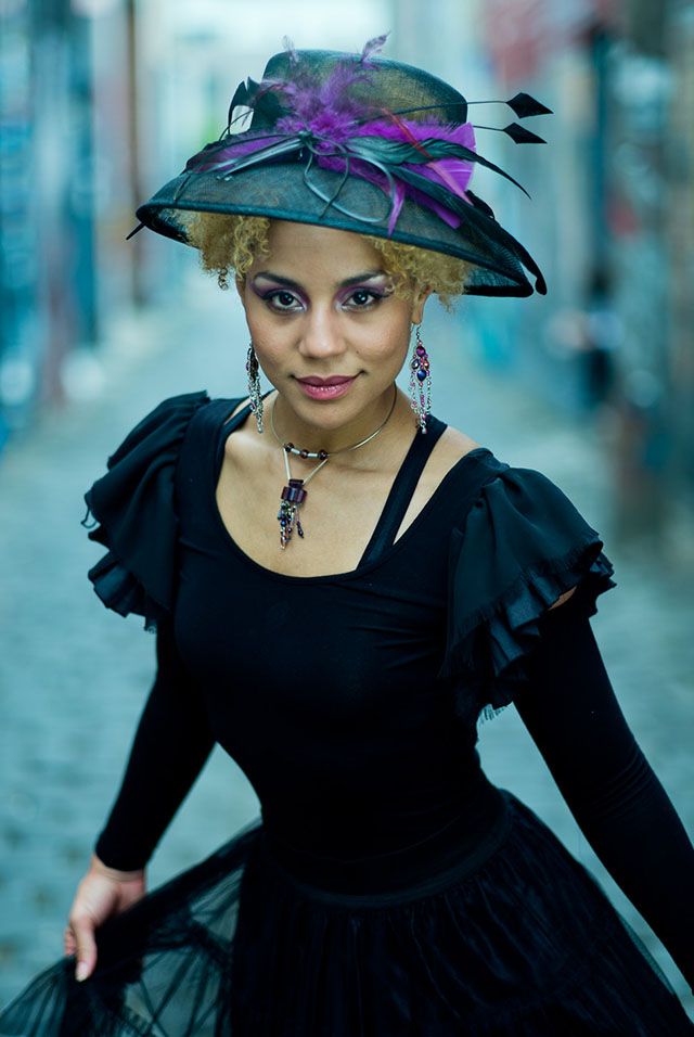 Joy Villa by Thorsten Overgaard. Leica M 240 with Leica 90mm APO-Summicron-M ASPH f/2.0. © 2014 Thorsten Overgaard.