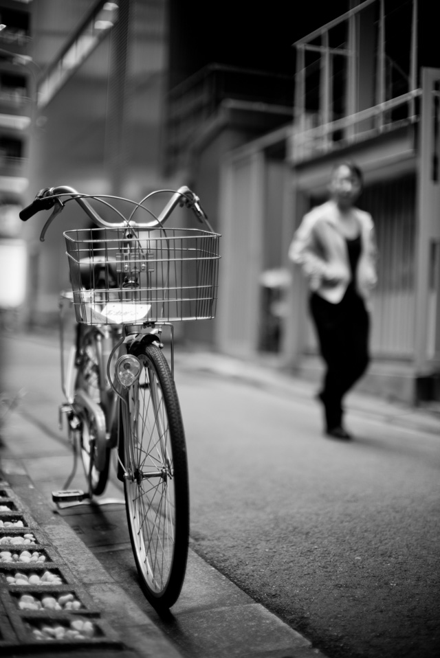 My daily bicycle photo from my morning walk in Tokyo, Japan, Leica M-D 262 with Leica 50mm Noctilux-M ASPH f/0.95.