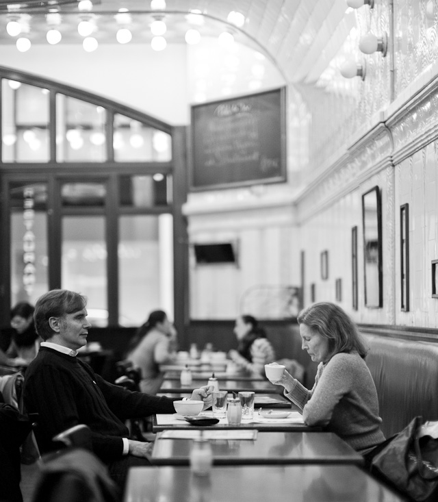 Paris Cafe, Hamburg, Germany, January. Leica M Monochrom with Leica 50mm Noctilux-M f/0.95 ASPH f/0.95. © 2013 Thorsten Overgaard.