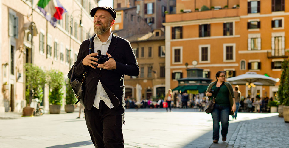 Graphic designer Manuel Studer with his Leica in Rome. © Thorsten Overgaard.