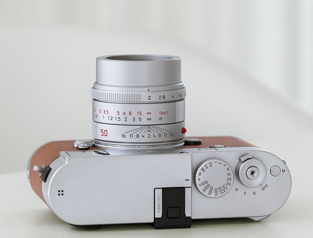 Leica 50mm APO-Summicron-M ASPH f/2.0 in silver. Read my review and interview with lens designer Peter Karbe.