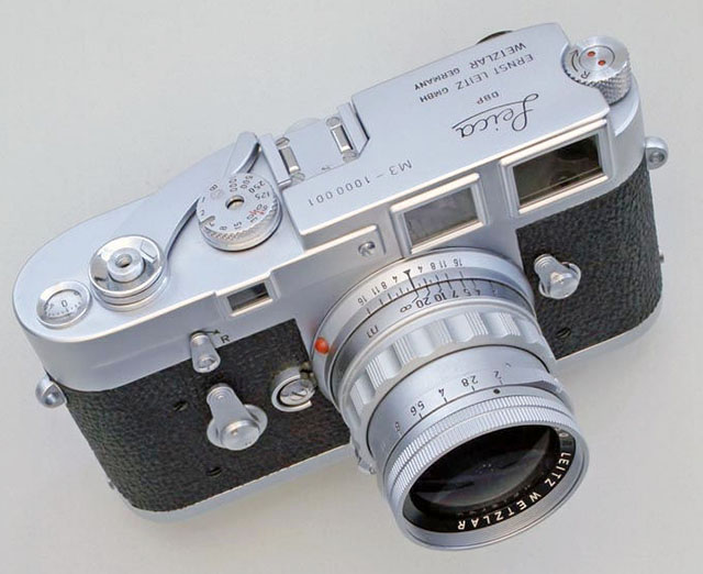 Alfred Eisenstaedt used the Leica M3 first model, had a couple of them tweaked, and then also got this Leica M3 no 1.000.001. Photo by Lars Netopil.