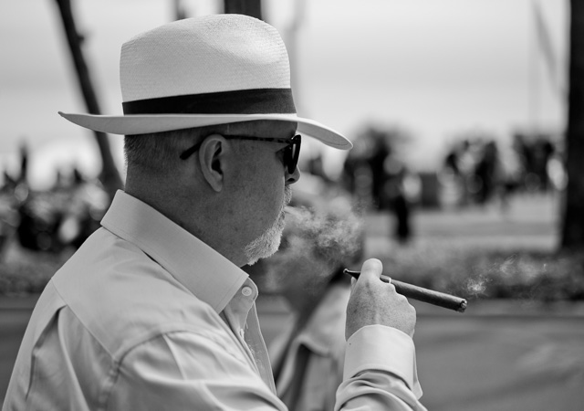 Big cigars in Cannes, France, May 2016. Leica M9 with Leica 50mm APO-Summicron-M ASPH f/2.0. © 2016 Thorsten Overgaard.