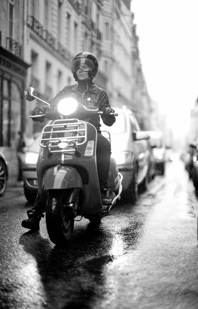 Paris in the rain, April, 2013. Leica M 240 with Leica 50mm Noctilux-M ASPH f/0.95. © 2013-2017 Thorsten Overgaard.