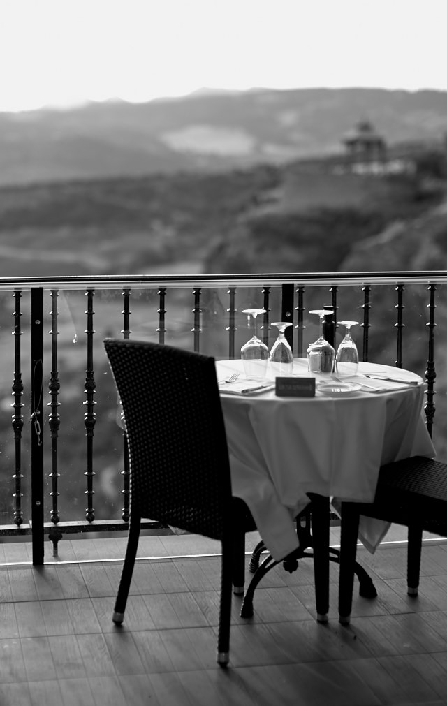 Breakfast with a view. Leica M10-P with Leica 50mm Noctilux-M ASPH f/0.95. © Thorsten Overgaard.