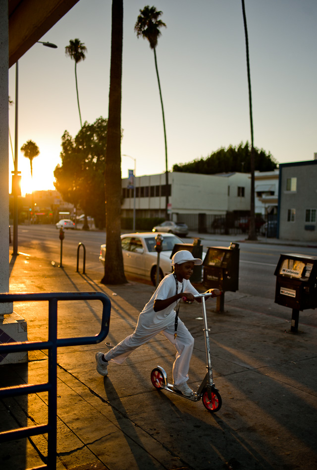 Sunset Boulevard, Los Angeles, August 2015. Leica M 240 with Leica 28mm Summilux-M ASPH f/1.4. © 2015 Thorsten Overgaard. Lightroom 6 with 2010 Process.