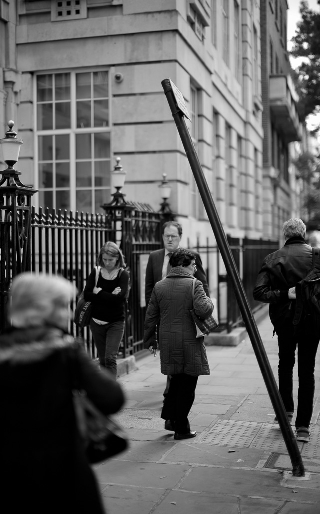 The classic look of London with the usual disorder and cofusion. Leica M 240 with Leica 50mm Noctilux-M f/0.95.