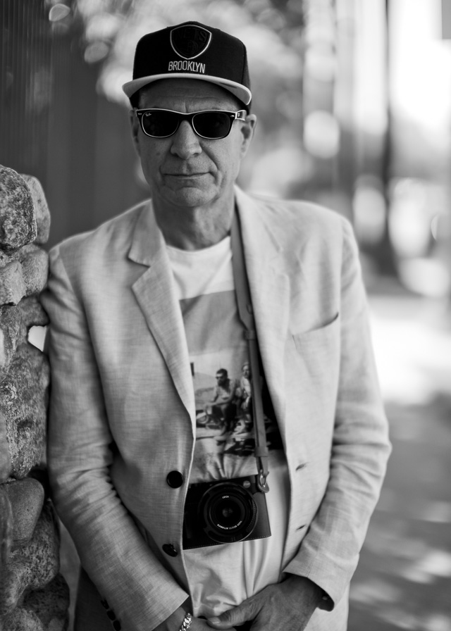 A New Yorker in Hollywood with his Leica Q in Hoillywood. © 2017 Thorsten Overgaard.