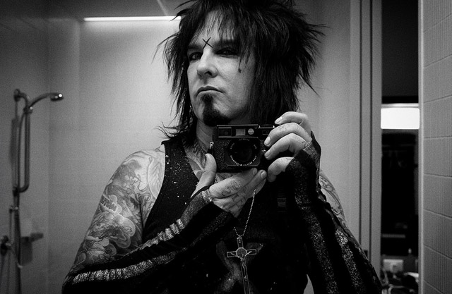 "Nikki Sixx with ""The SEXY BEAST"", his Leica M9"