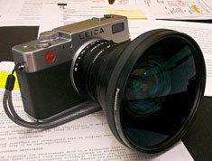 Panasonic wide angle converter on Leica Digilux 2