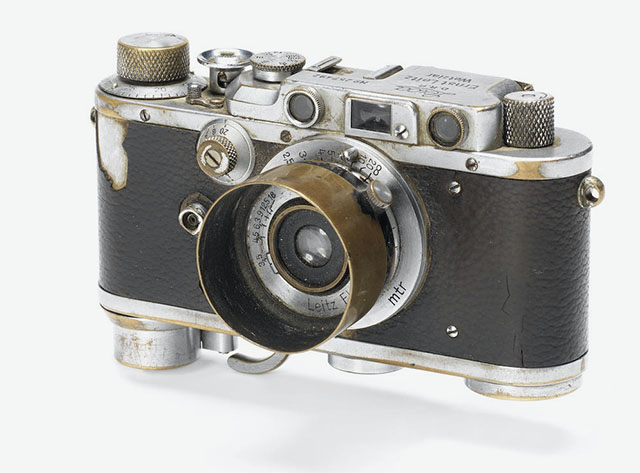 "Jewgeni Chaldej's Leica III with Leitz Elmar 3.5cm f/3.5 he used for the photo ""RAISING A FLAG OVER THE REICHSTAG"" above."