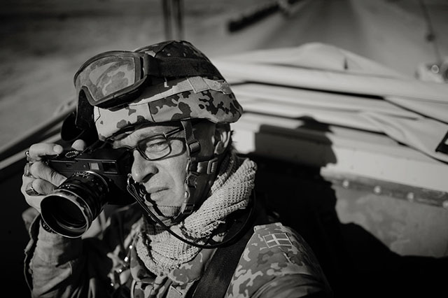 War photographer Jan Grarup in Afghanistan 2013 with his Leica.