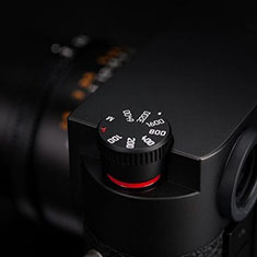 The Leica M10 ISO dial