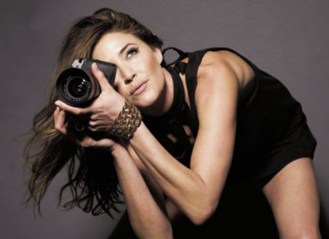 Lisa Snowdon with leica R9