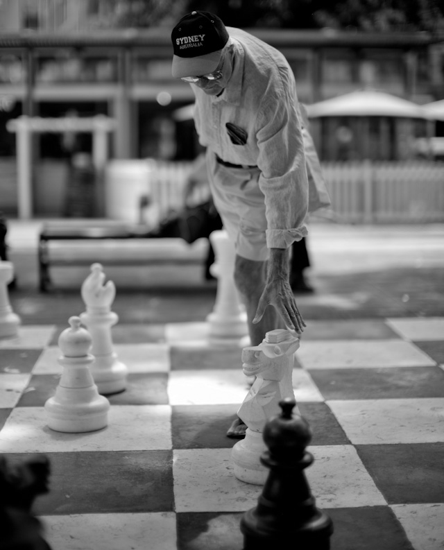 Chess in Sydney. Leica M 240 with Leica 50mm Noctilux-M ASPH f/0.95. © 2013-2016 Thorsten Overgaard.