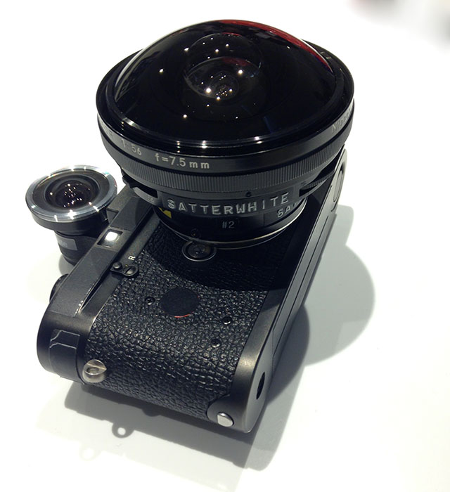 I also met american photographer Al Satterwhite in the Leica Store Los Angeles, who had a Nikkor 7mm fisheye attached to his Leica M4 for some projects he is doing now.