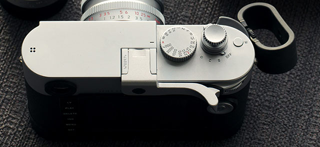 Thumbs Up EP-10S for Leica M 240 in Silver